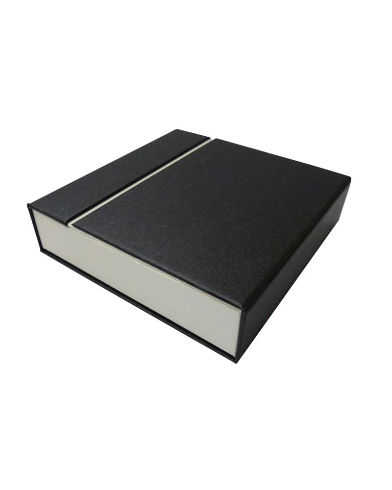 Caixa Linha Perola p/ Colar - Preto - 15.5x15.4x4cm - EO0535