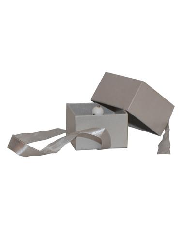 Caixa Linha Platina p/ Anel Grande c/Fita - Prateado - 5.5x6x6cm - EO0473